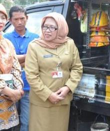 Dra Tuti Kurniati, M.Si Kepala Suku Dinas (Kasudin) Perindustrian dan Energi Jakarta Timur