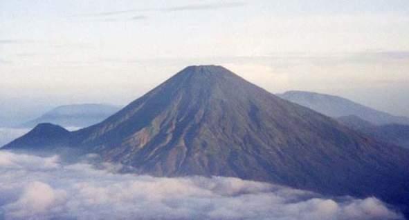 Gunung Gandadinata