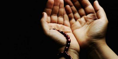 membalas perbuatan baik dengan mendoakannya